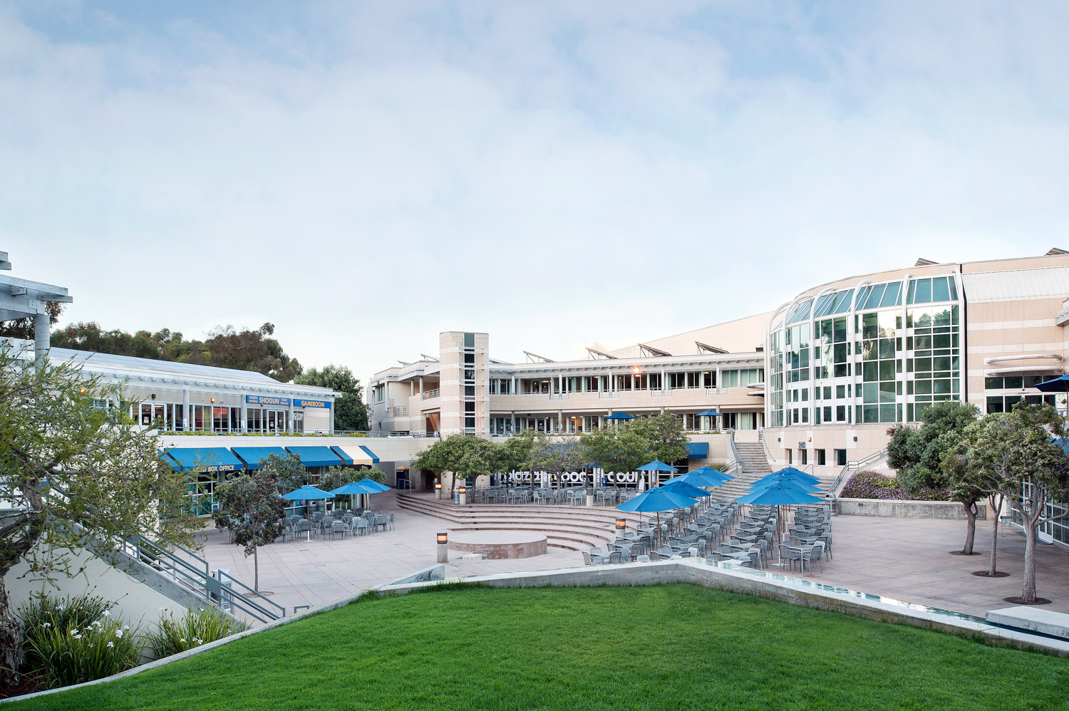UCSD campus photography, University architecture photographer, University California San Diego, commercial photographer