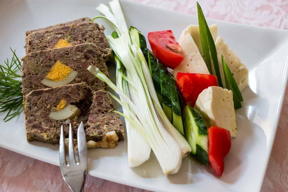 MedTRavel Traditional Transylvanian Food (6).jpg