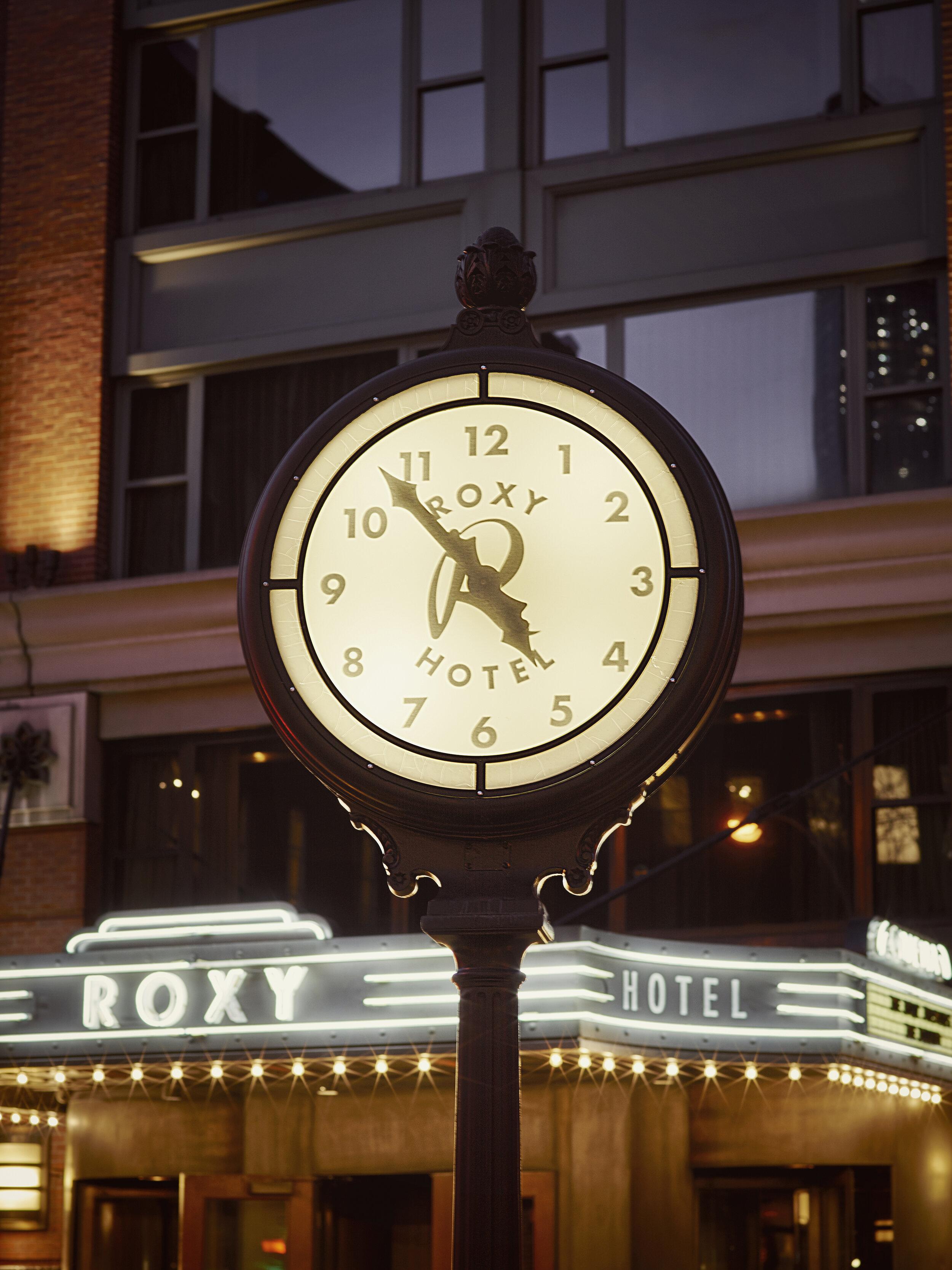 Roxy Clock_Night 2-web.jpg