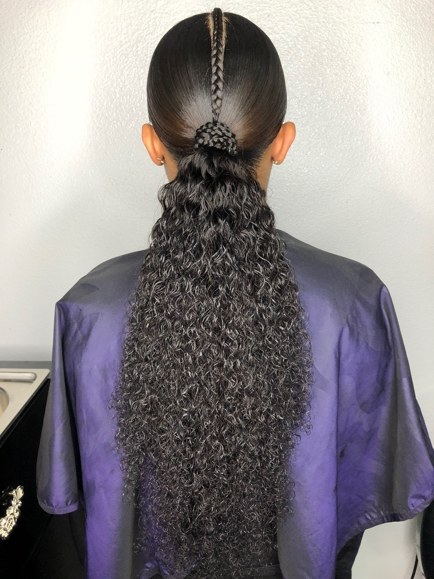 RECOMMENDED FOR PONYTAILS ONLY - KINKY CURLY