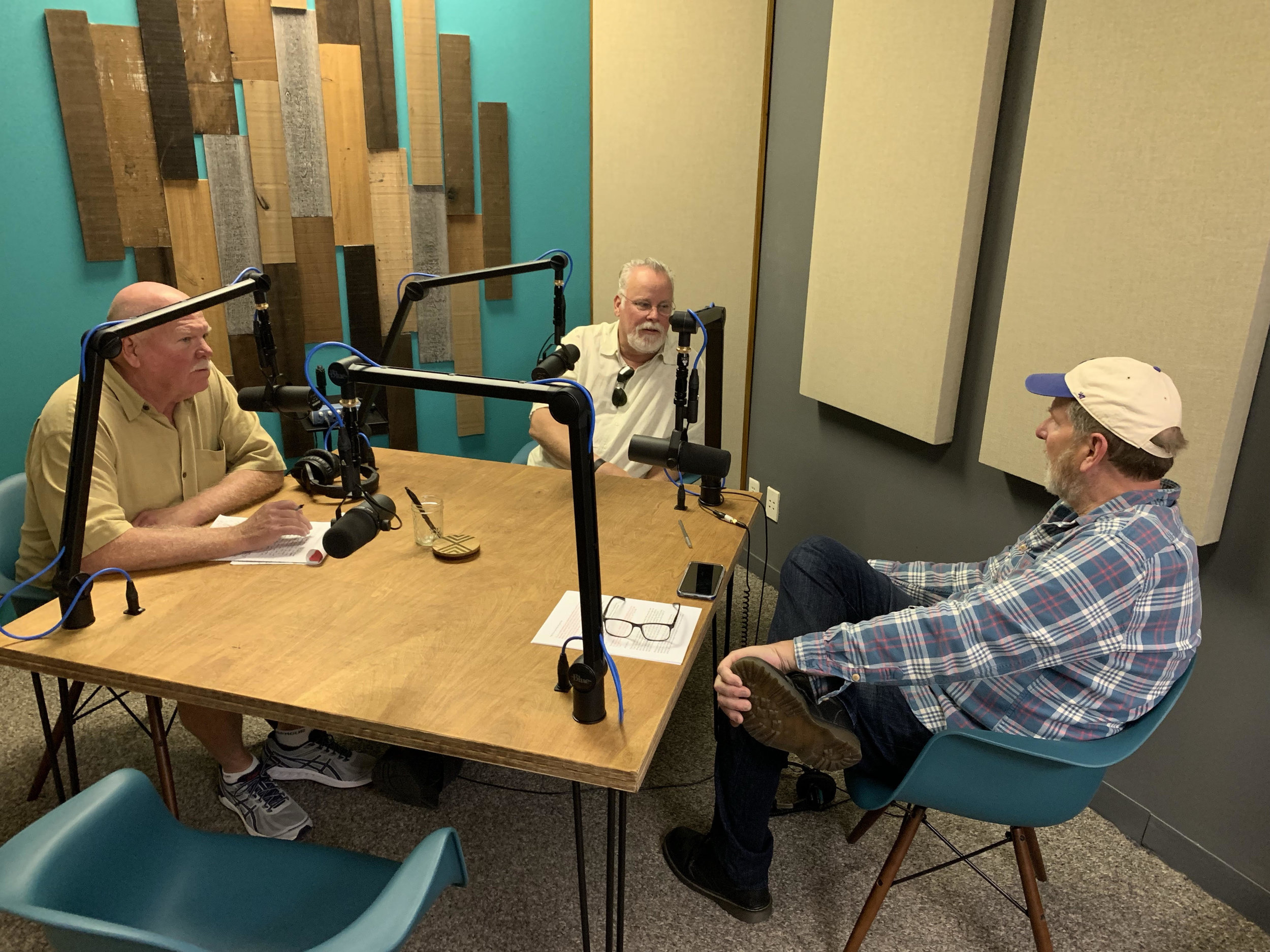Detective Rick Jackson, Michael Connelly, and actor Scott Klace in the recording studio