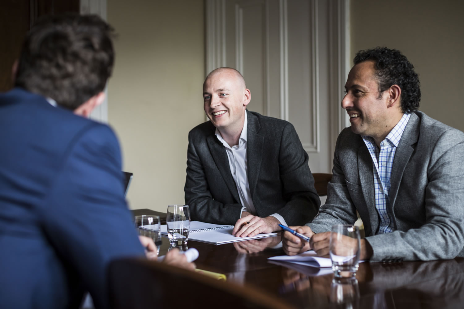 - We act for clients across a multitude of sectors and industries. We have a breadth of experience advising large international corporations to entrepreneurs and small family businesses. We provide both technical and practical advice on issues relating to all types of commercial contracts and commercial matters.Our areas of work include Confidentiality AgreementsOutsourcing and technologyProcurement and delivery of IT systems and servicesSoftware development and distribution arrangementsDispute resolutionJoint ventures and other strategic alliancesData protection, privacy principles and securityproject finance and other funding arrangementsintellectual property management, enforcement and commercialisationTrading agreementsBuying and SellingAgency and distributionFranchise agreementsStandard terms & conditionsFreight and Transport