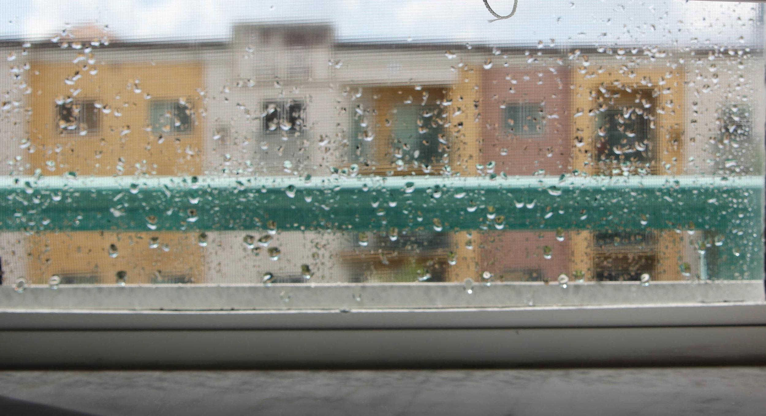 rain-in-foreground.jpg