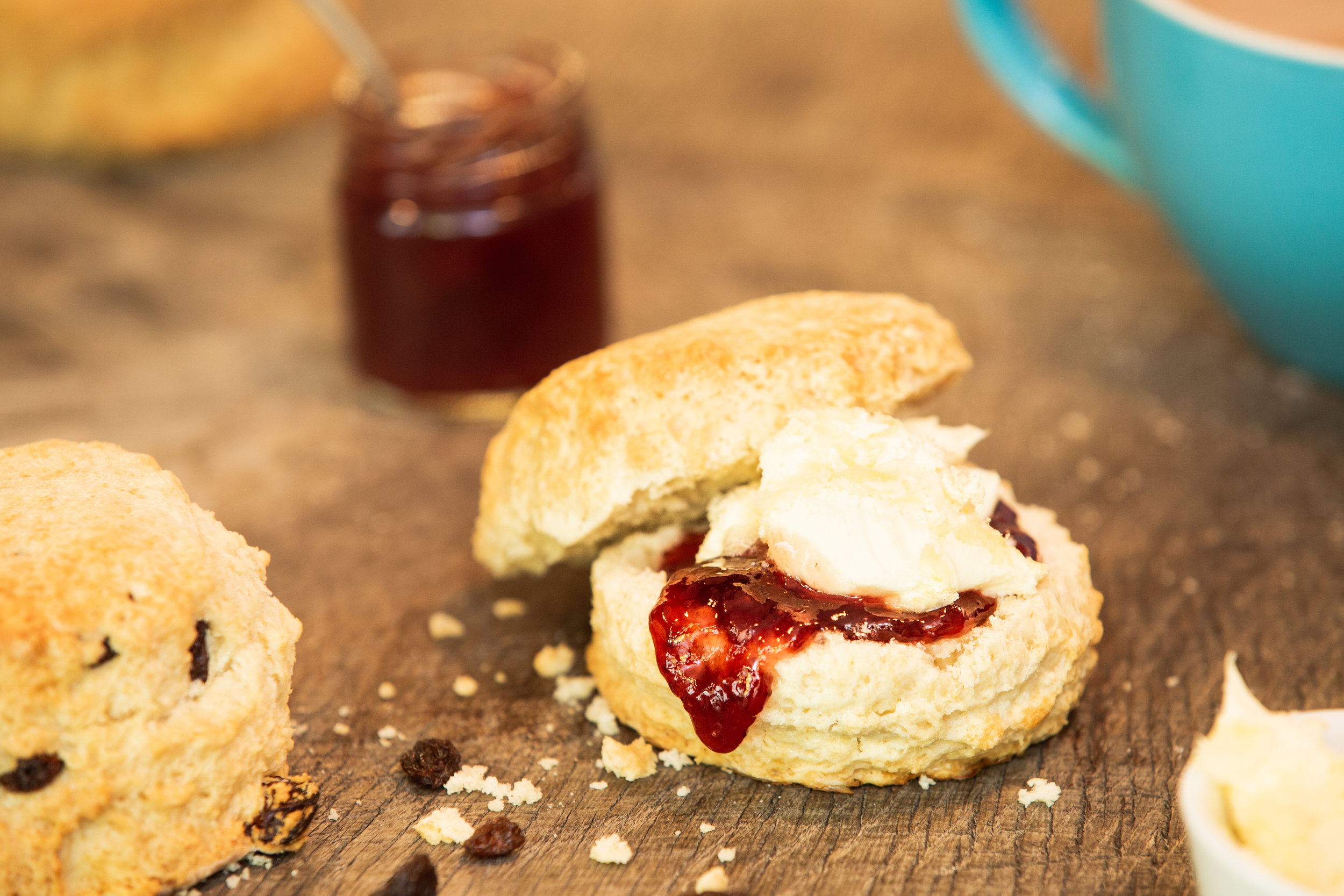 Enjoy a delicious scone with clotted cream and jam.   Call   or   email   to reserve your seat now.