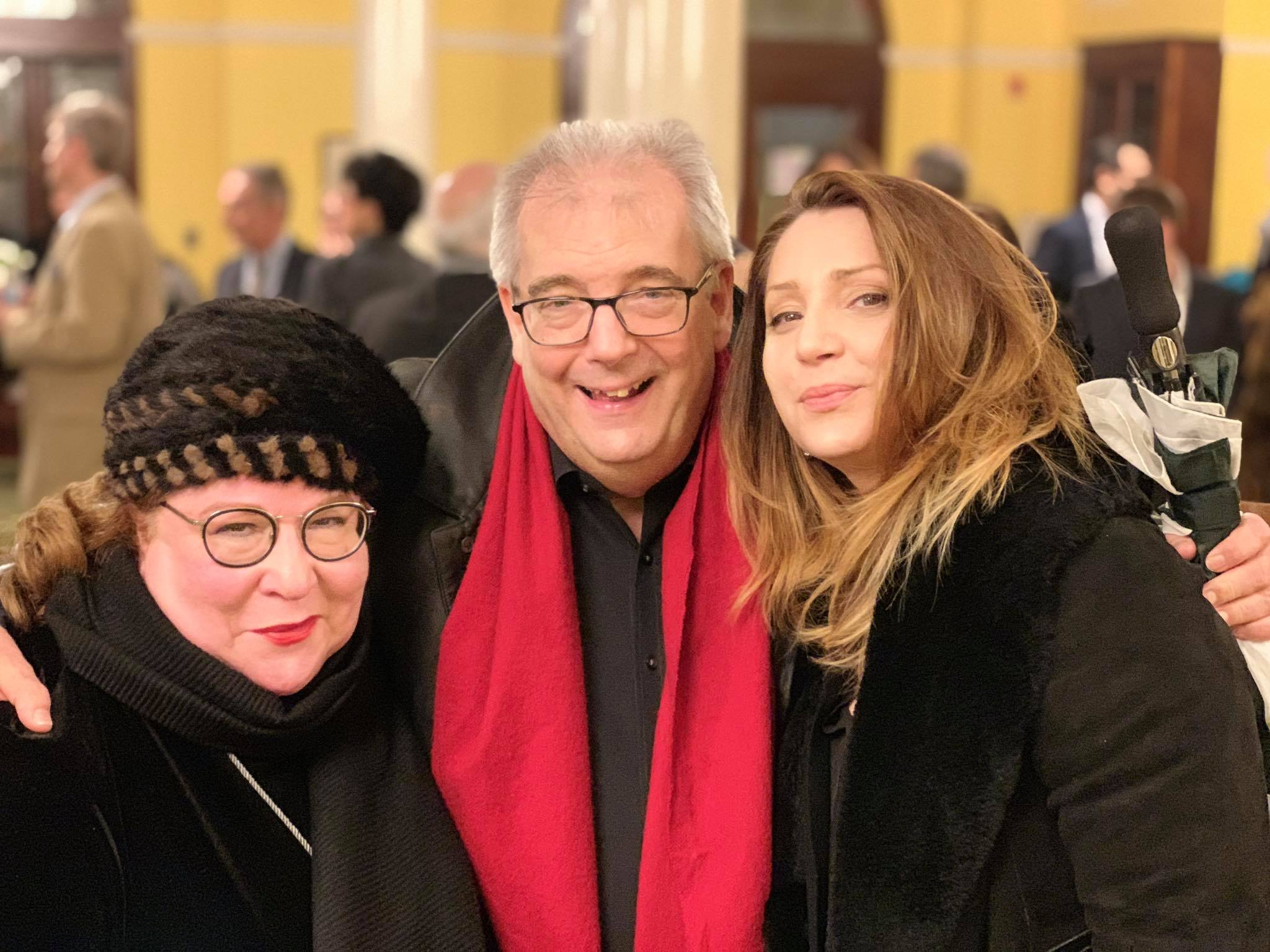 Finals Concert Professional Attendee, John Fisher, former Assistant General Manager of Music Administration at the Metropolitan Opera, surrounded by world renowned sopranos and Jury members, Aprile Millo and Barbara Frittoli.
