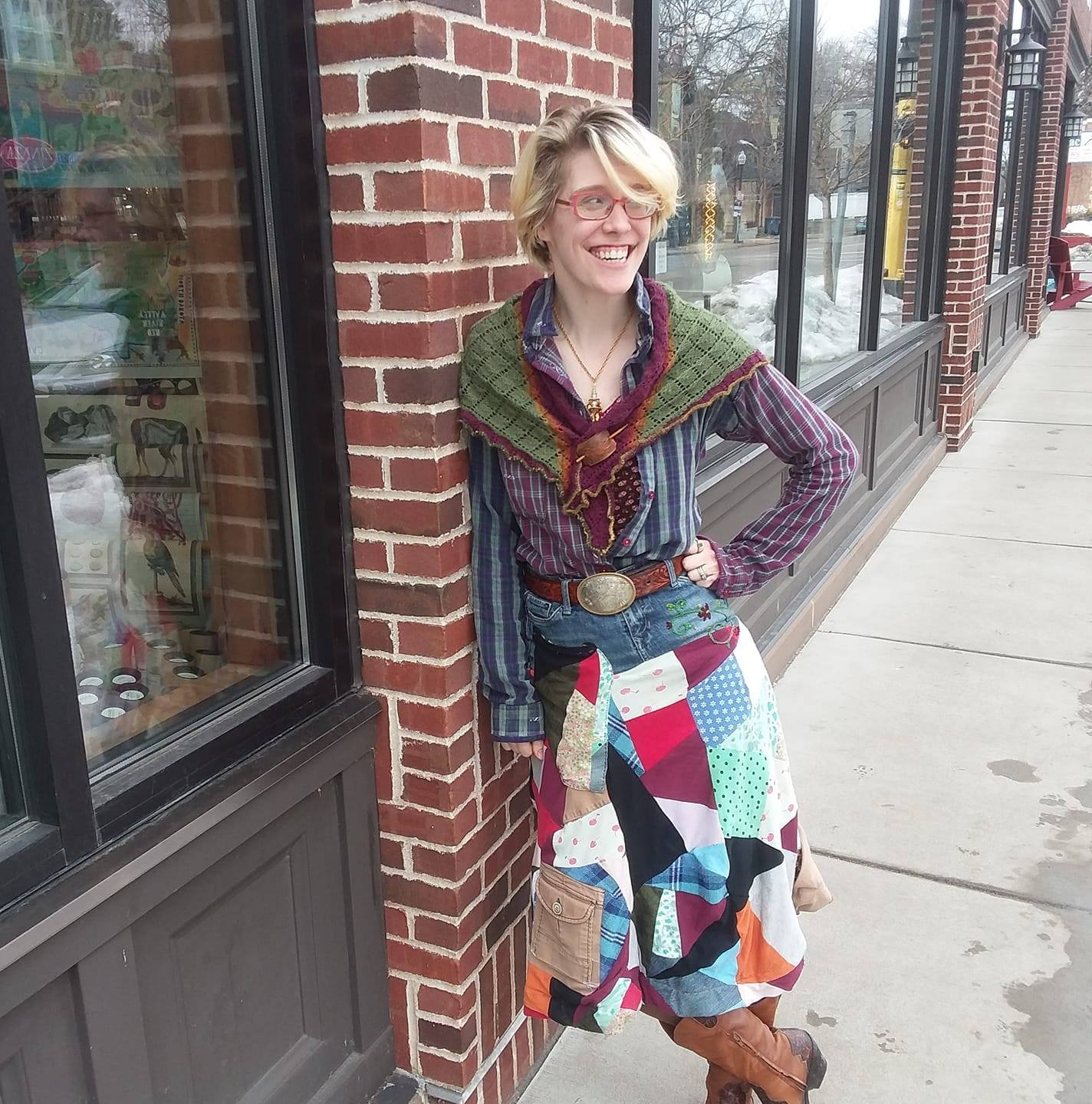 Wearing: Dad's old flannel shirt, altered down, handmade tank top ( Melly Sews free pattern ), hand knit shawl (Estonian Lace, Triangle shawl), patchwork skirt (self-drafted).