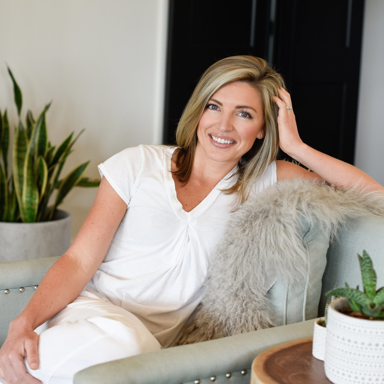 Kate's Clean Life Blog - a go-to resource for clean beauty, clean living, and clean eating.