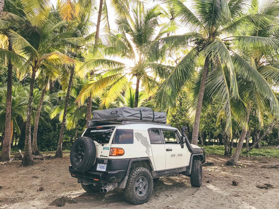 Met de auto door Costa Rica.jpg