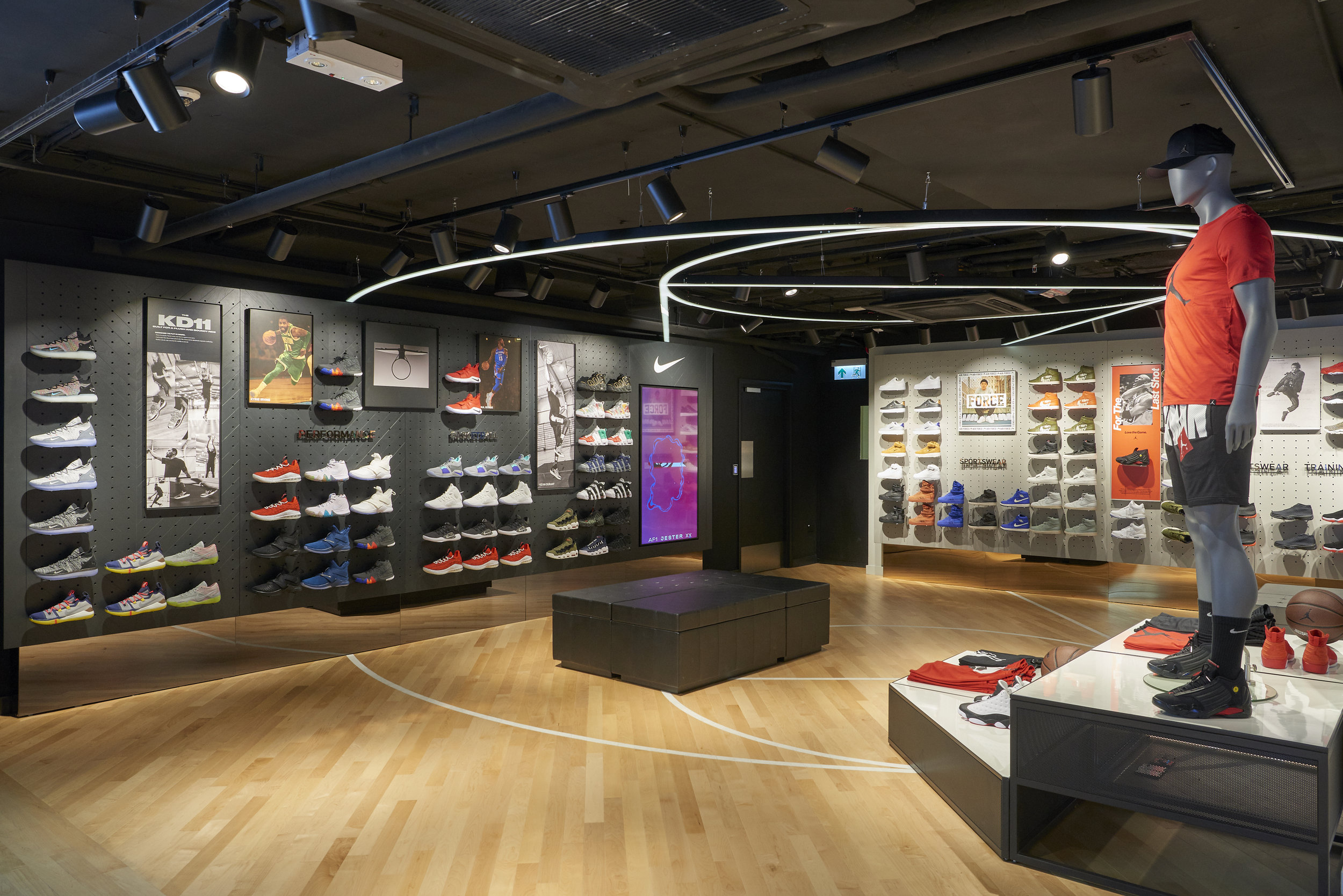 Celebrate basketball with premium Nike and Jordan products at the in-store House of Hoops_2.jpg