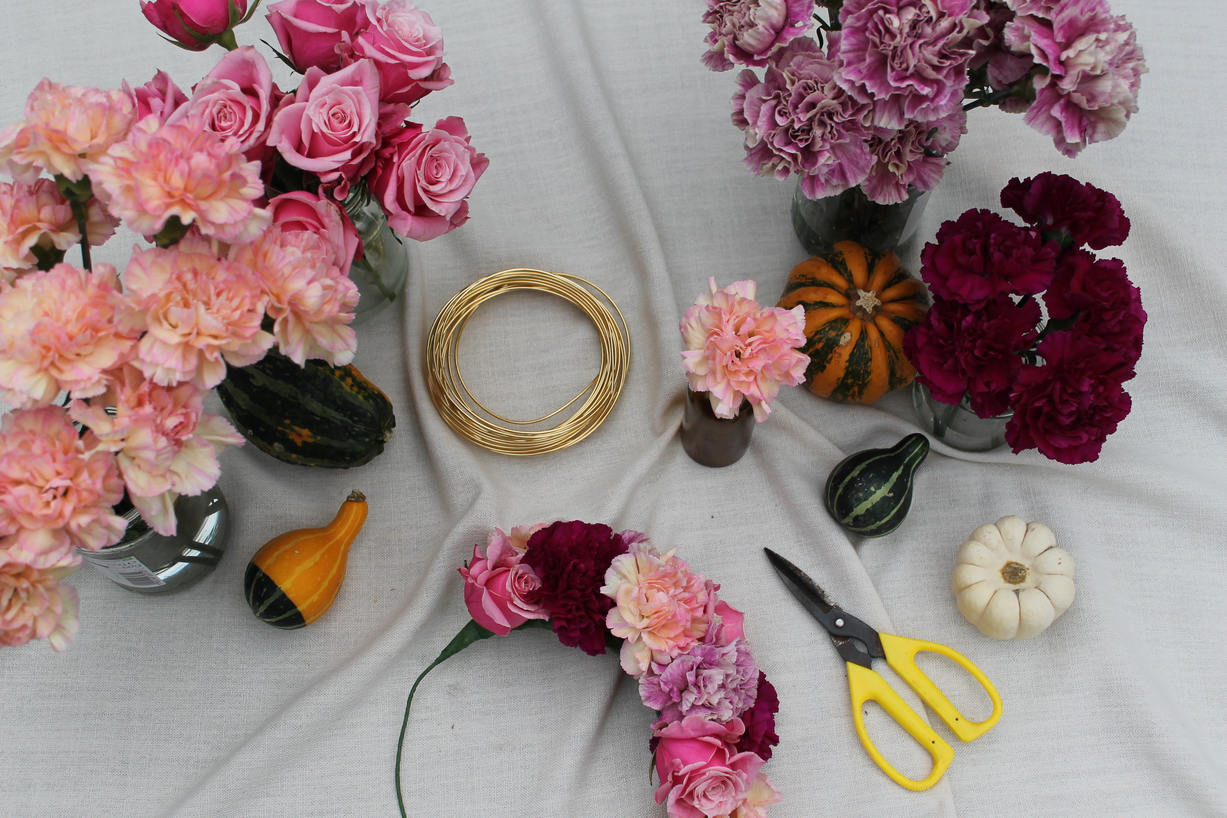 Custom Workshops - Whether you are a hen party looking for a fun afternoon of flower crown making, an aspiring florist looking to hone your techniques or a local business wanting to make christmas wreaths with your team of hero's, special requests are always welcome.Get in touch and request a custom experience here.