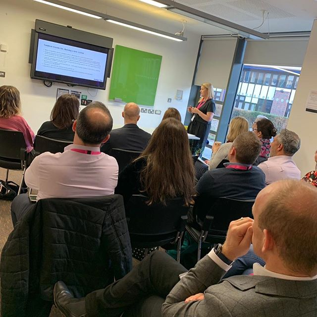 Afternoon seminar sessions are in full swing here at the IEDT Conference. 'Customer Relationship Management, Content Management Systems and Marketing Automation' by Nikki Kieran and 'Learning English Online' by Jack Prince. #iedtc #marketing #onlinelearning