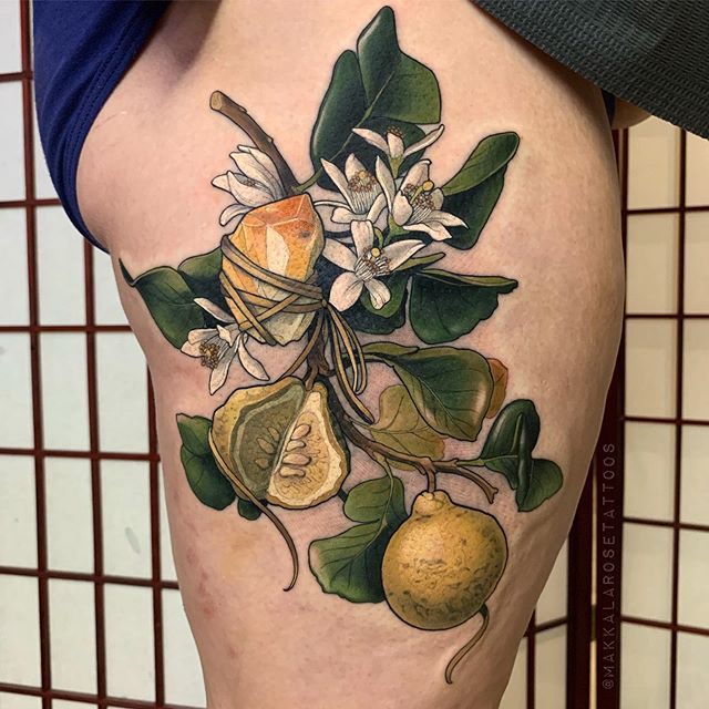 Had such a fun day making this Happy little Bergamot branch with Citrine for lovely Lisa! ✨  Made with #love #oztattskincare #fytcartridges #quickcaps #stencilstuff ♥️ Please excuse the little bruise and mossie bites 😅 so happy it was where wanted to make the tattoo!
