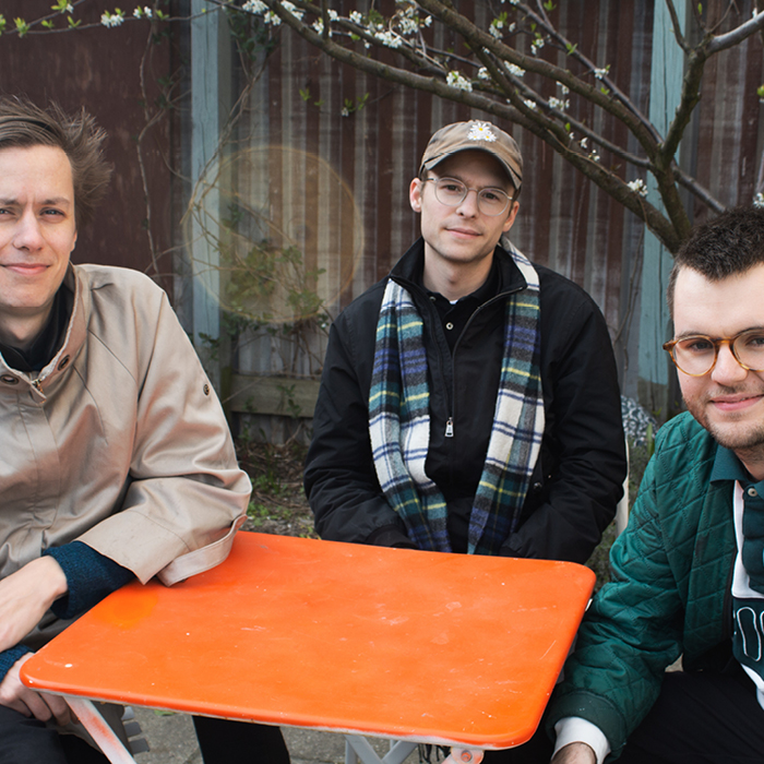 Louis Petri, Dee Brown & Frederik Tollund (DJ)