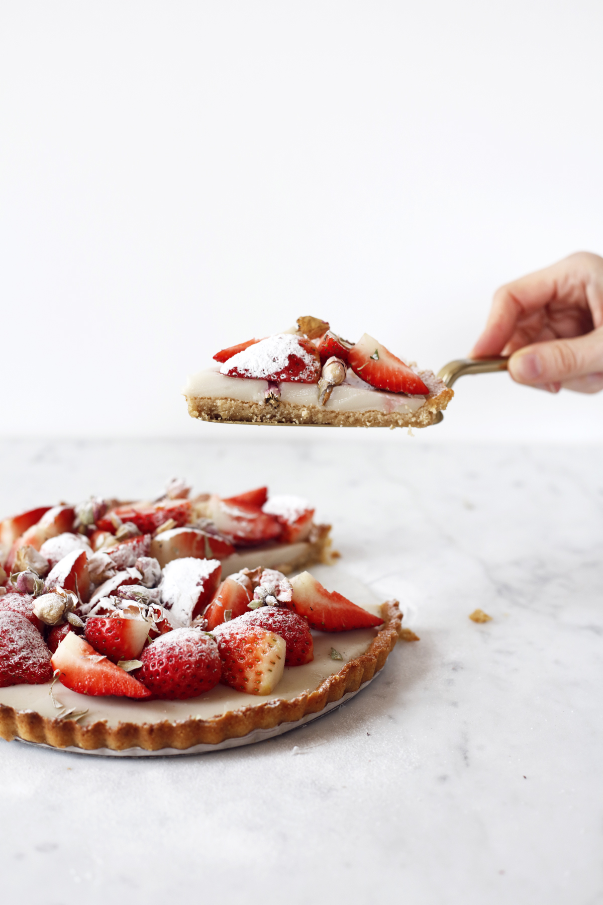 vegan strawberry custard tart Food Bandits