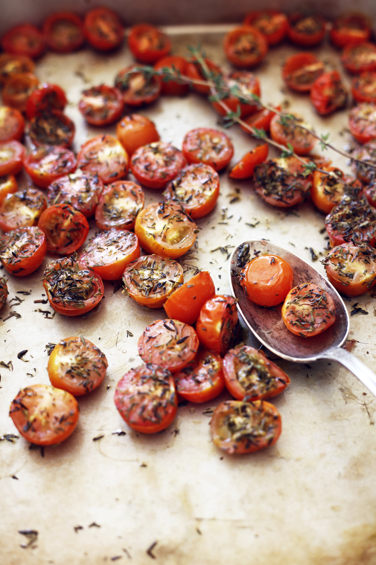 simple series oven baked tomatoes food bandits