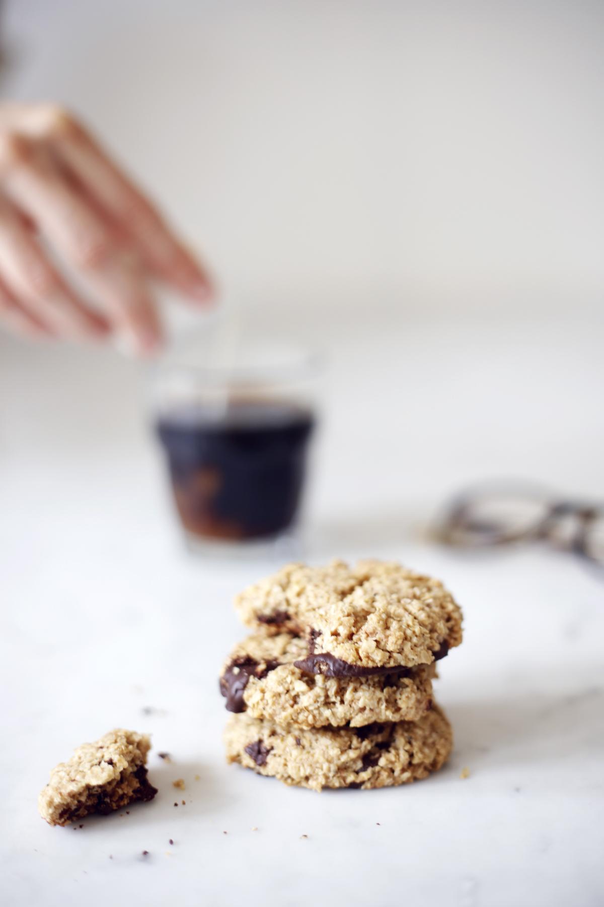 vegan and gf oat cookies food bandits