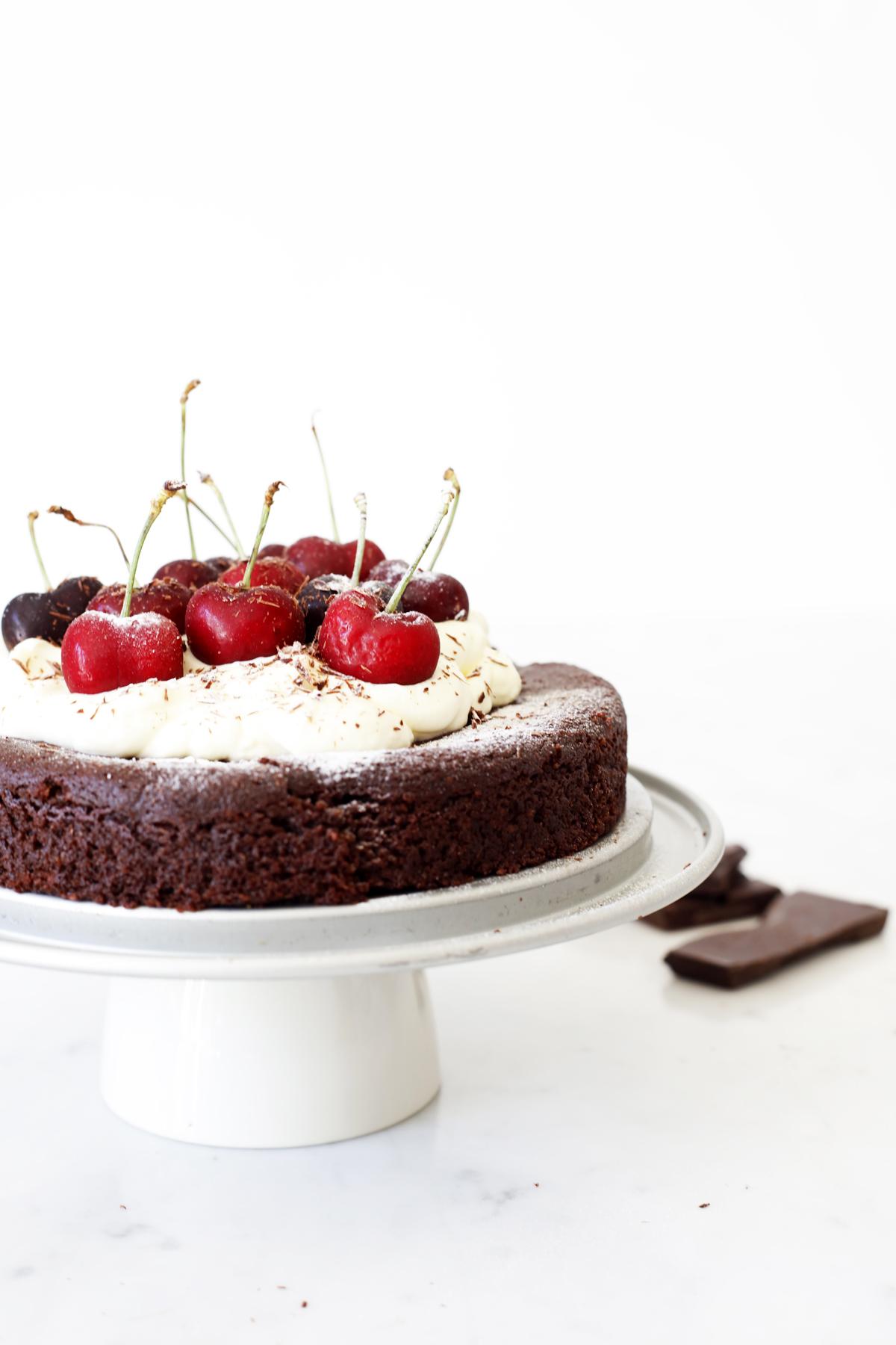 vegan and gluten free chocolate cake Food Bandits