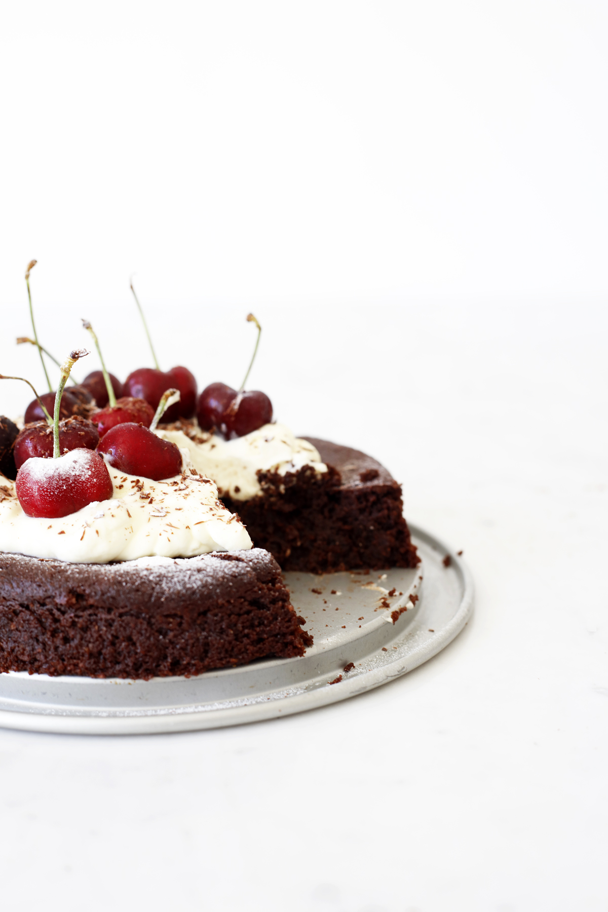 Gooey vegan and gf chocolate cake Food Bandits