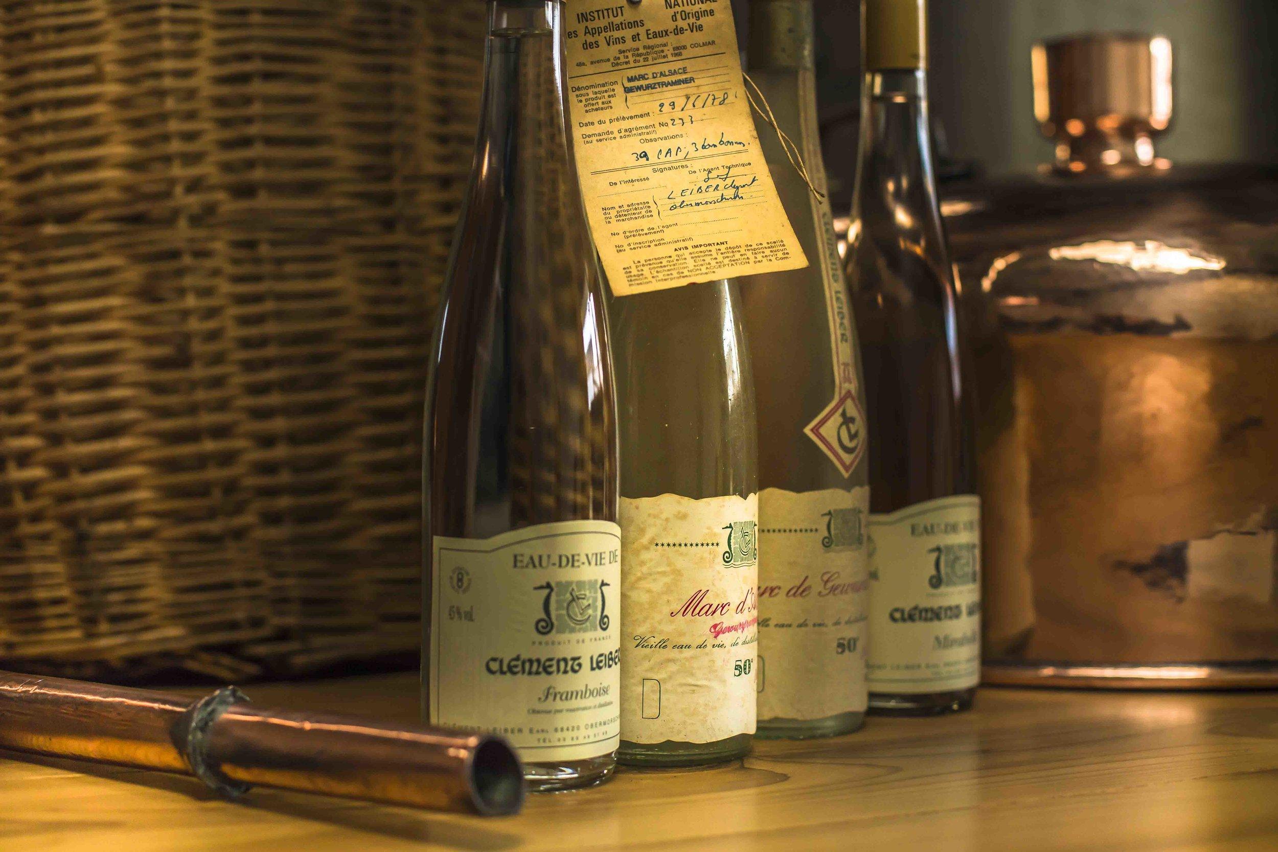 Domaine clement Leiber, Cave à vins, Vigneron-récoltant Grands vins d'Alsace, AOC Alsace grand cru, Vins en Alsace, le cépage alsacien, appellation Alsace grand cru, raisins, riesling, muscat, pinot gris, gewurztraminer, Gewutztaminer vendanges tardives, vendange tardive, vins de terroir alsacien, vins haut de gamme, Alsace grands crus, vins d'Alsace, Obermorschwihr, Colmar, Pfersigberg, Eichberg, cave vinicole, cave viticole, Vigneron-récoltant, Artisan vigneron, Serge Leiber, Centon d'Alsace, Pinot Blanc, Muscat d'Alsace, Rosé d'Alsace, Pinot Noir, Crémant d'Alsace, Crémant d'Alsace Rosé, Crémant d'Alsace Brut Impérial MAGNUM, Riesling Terre Jaune, Pinot Gris, Grand Cru Pfersigberg, Gewurztraminer Grand Cru Eichberg, Pinot Gris 2015 Barrique des Perles, Gewurztraminer 2015 Lune Rouge, Eaux-de-Vie, Quetsch d'Alsace, Marc de Gewurztraminer, Kirsch, Mirabelle, Poire William, Framboise, oenotourisme, Domaine viticole, domaine vinicole, Caves de Voegtlingshoffen, Cave à vins Eguisheim, Dégustation de vins alsacien, Dégustation et vente de vins alsaciens, Caves de Herrlisheim, Caves de Husseren-Les-Châteaux, Caves de Gueberschwihr,