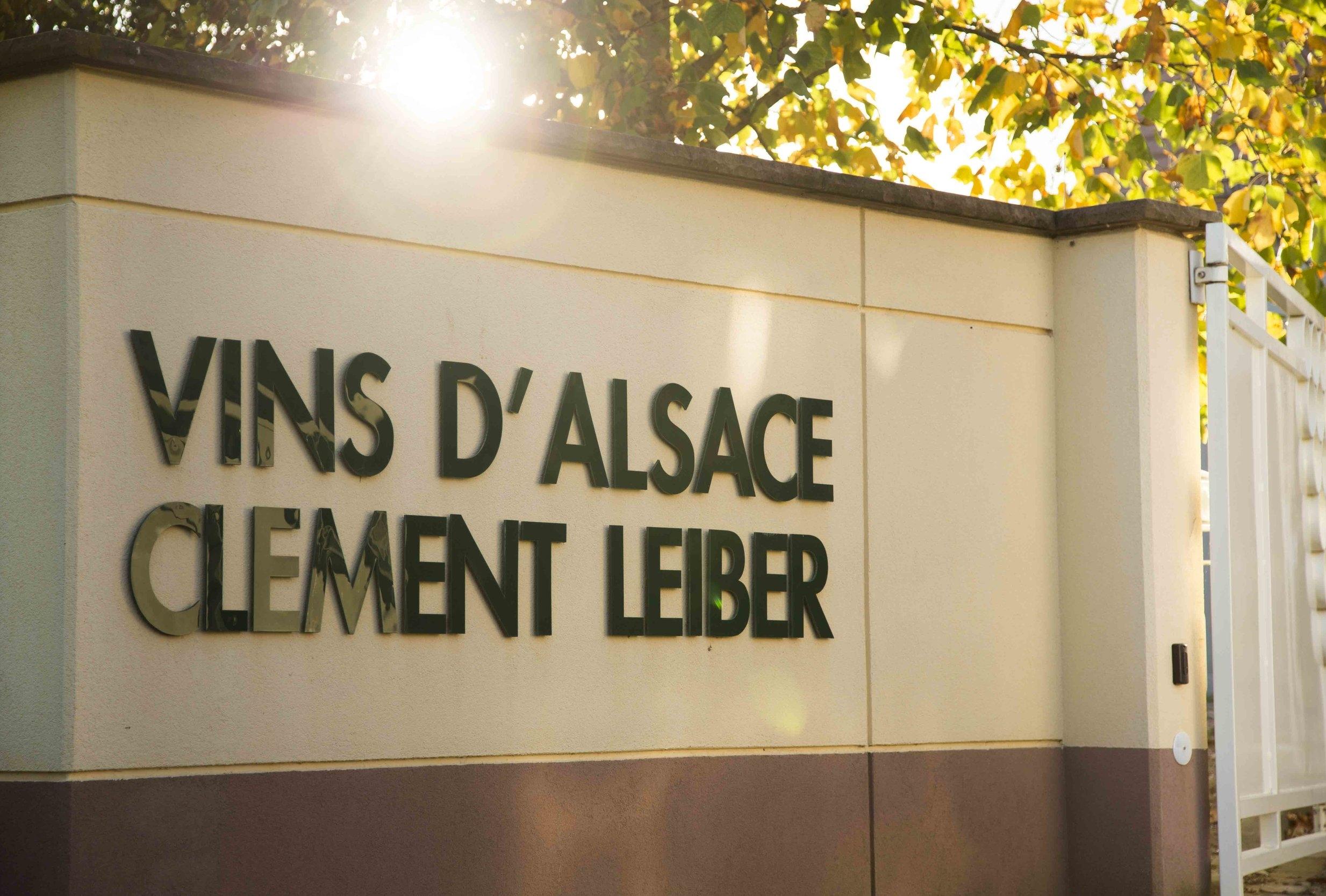Vins d'Alsace, Domaine clement Leiber, Cave à vins, Vigneron-récoltant Grands vins d'Alsace, AOC Alsace grand cru, Vins en Alsace, le cépage alsacien, appellation Alsace grand cru, raisins, riesling, muscat, pinot gris, gewurztraminer, Gewutztaminer vendanges tardives, vendange tardive, vins de terroir alsacien, vins haut de gamme, Alsace grands crus, vins d'Alsace, Obermorschwihr, Colmar, Pfersigberg, Eichberg, cave vinicole, cave viticole, Vigneron-récoltant, Artisan vigneron, Serge Leiber, Centon d'Alsace, Pinot Blanc, Muscat d'Alsace, Rosé d'Alsace, Pinot Noir, Crémant d'Alsace, Crémant d'Alsace Rosé, Crémant d'Alsace Brut Impérial MAGNUM, Riesling Terre Jaune, Pinot Gris, Grand Cru Pfersigberg, Gewurztraminer Grand Cru Eichberg, Pinot Gris 2015 Barrique des Perles, Gewurztraminer 2015 Lune Rouge, Eaux-de-Vie, Quetsch d'Alsace, Marc de Gewurztraminer, Kirsch, Mirabelle, Poire William, Framboise, oenotourisme, Domaine viticole, domaine vinicole, Caves de Voegtlingshoffen, Cave à vins Eguisheim, Dégustation de vins alsacien, Dégustation et vente de vins alsaciens, Caves de Herrlisheim, Caves de Husseren-Les-Châteaux, Caves de Gueberschwihr,
