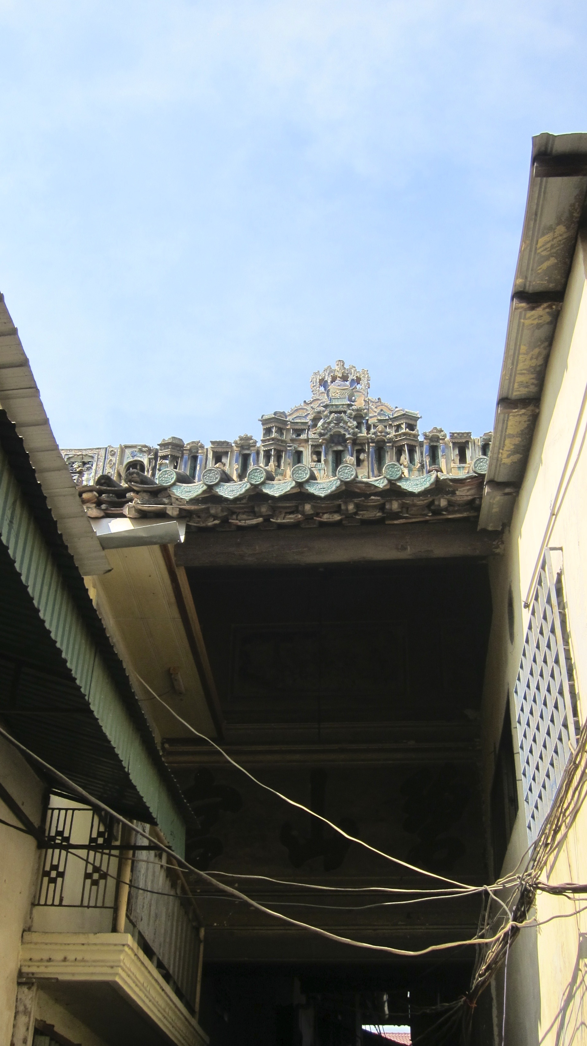 The remaining roof of the Jade Mountain Temple