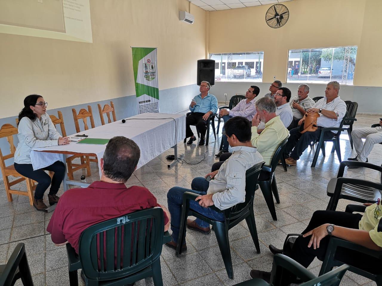 Presentación de plan de trabajo en Asamblea de municipios.