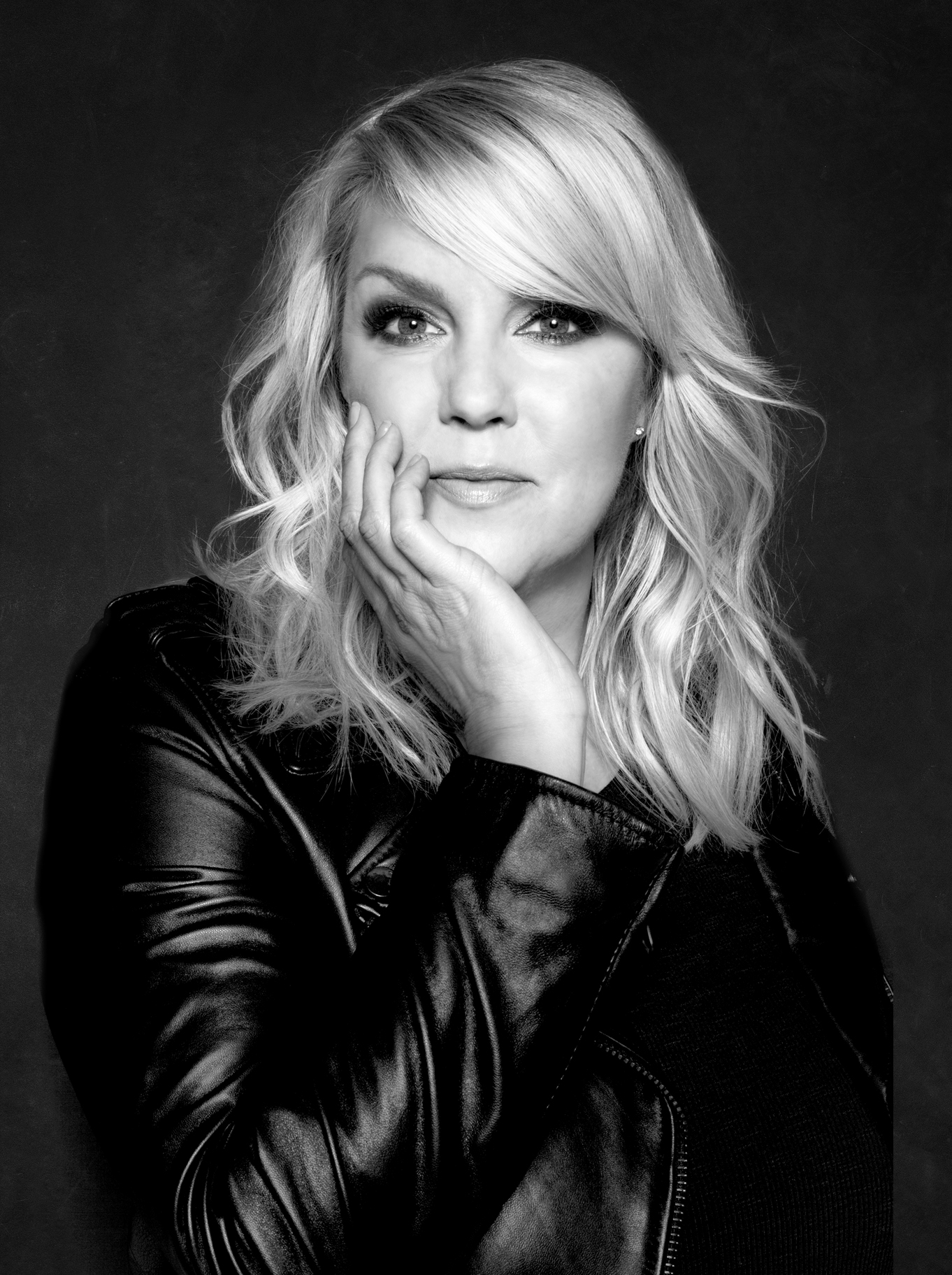 Award-winning musician Nicole Nordeman will join us at this year's gala.