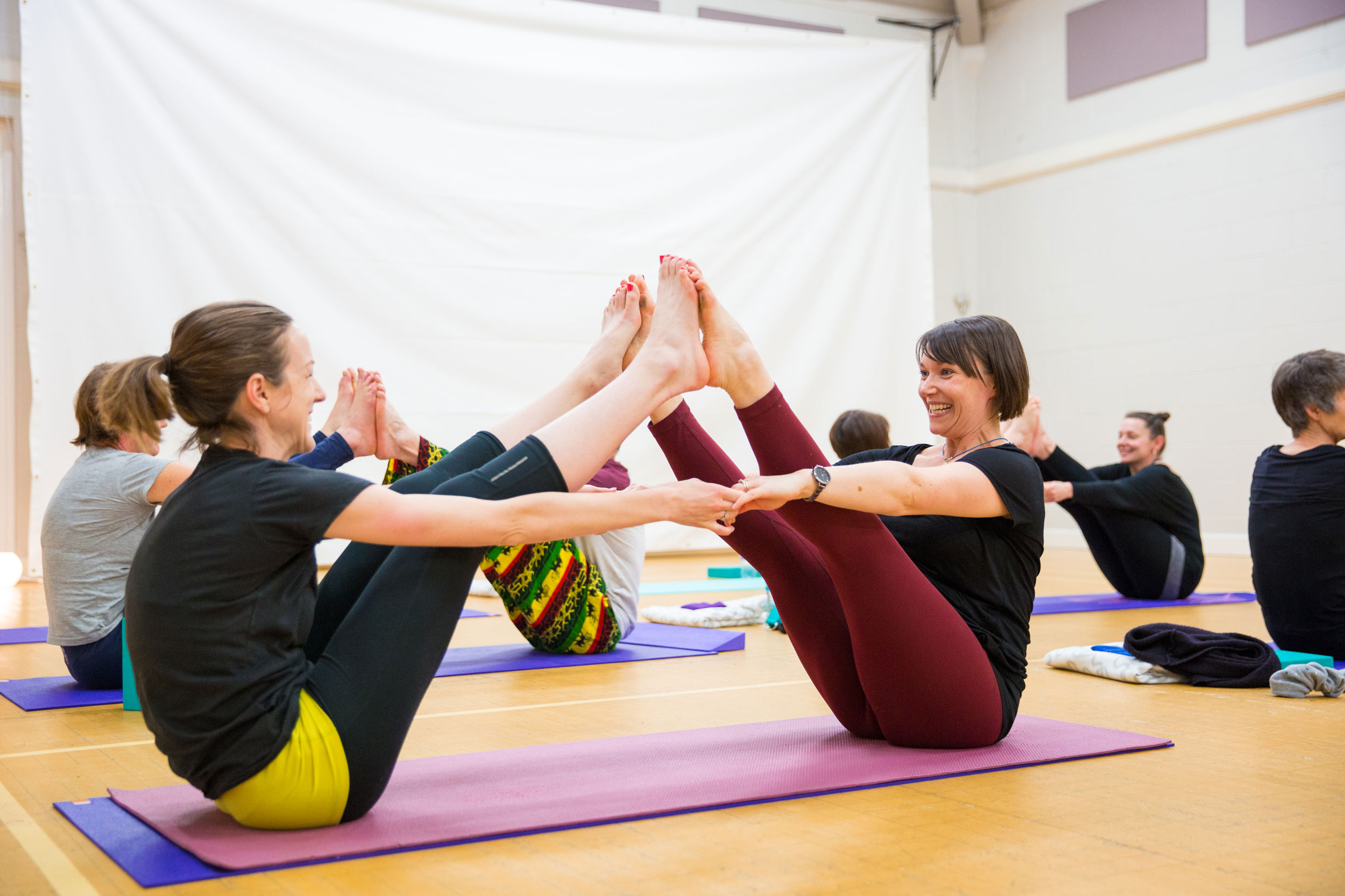What We Do - Based in York, One Mindful Yoga offers a variety of yoga practices from Vinyasa Flow classes to Yoga therapy sessions and a unique 8 week course for stress, anxiety and depression.