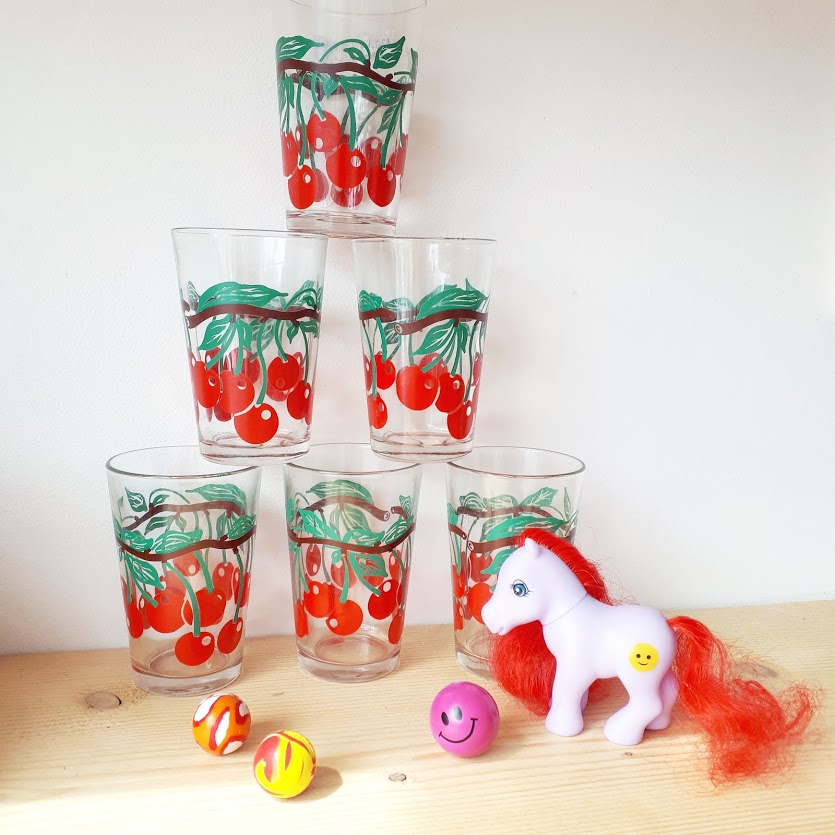 trylla-shop-pony-glassware.jpg