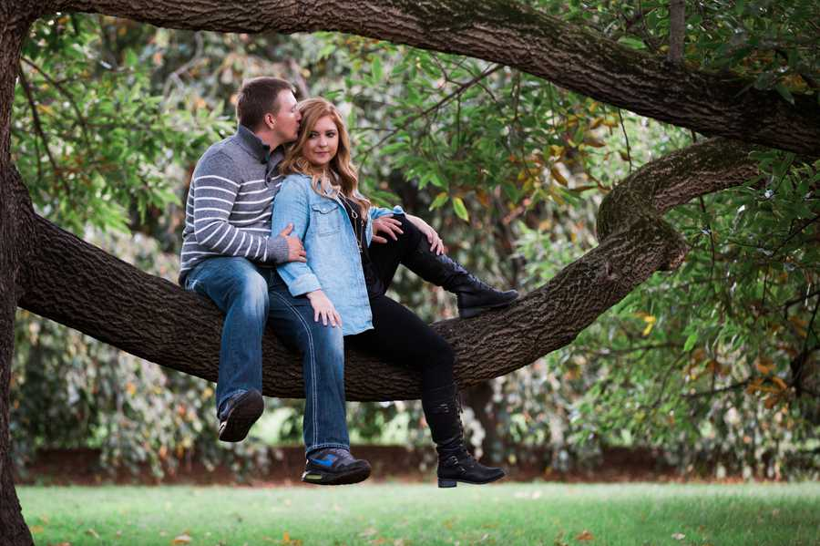 Indianapolis-Engagement-Session9.jpg