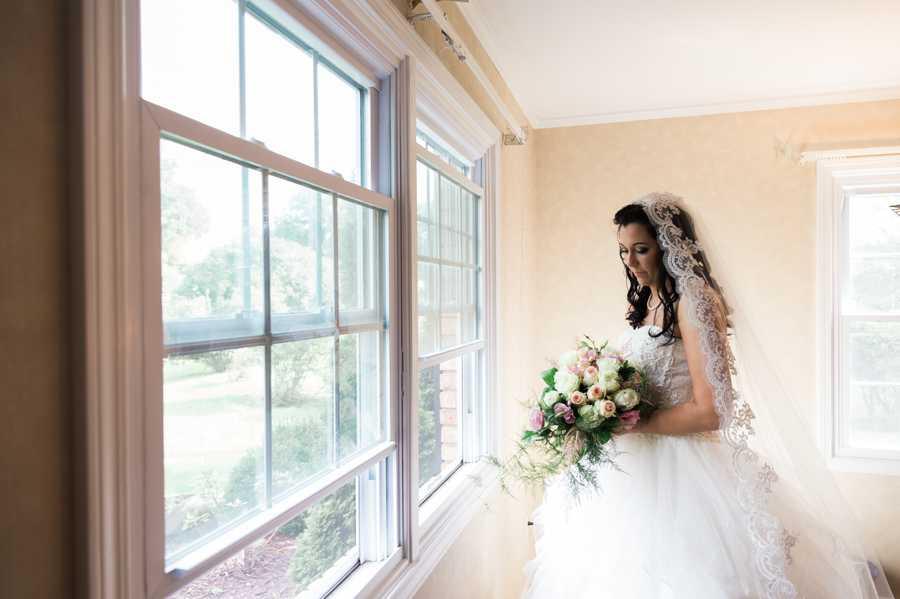 St-Monicas-Catholic-Wedding-Photographer015.jpg