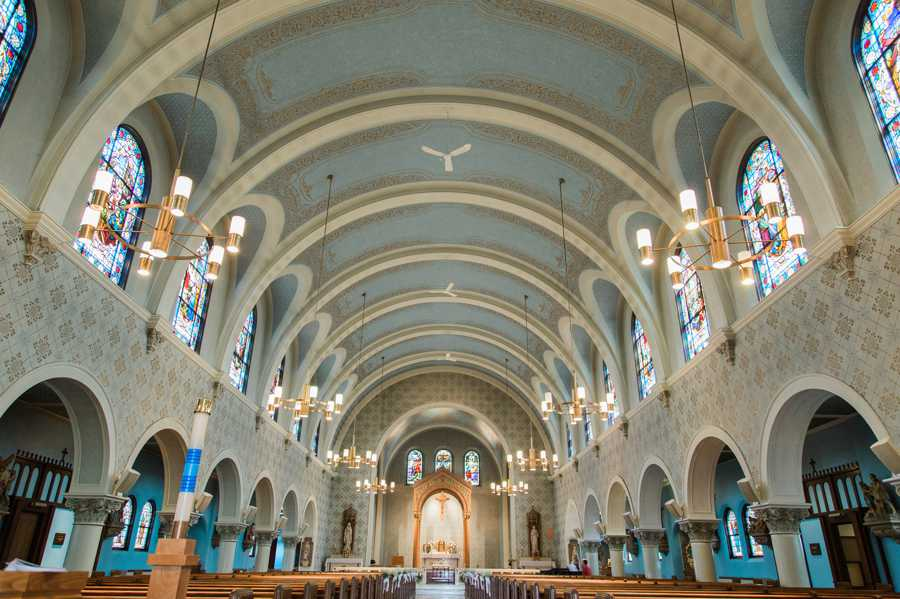 St-Monicas-Catholic-Wedding-Photographer024.jpg