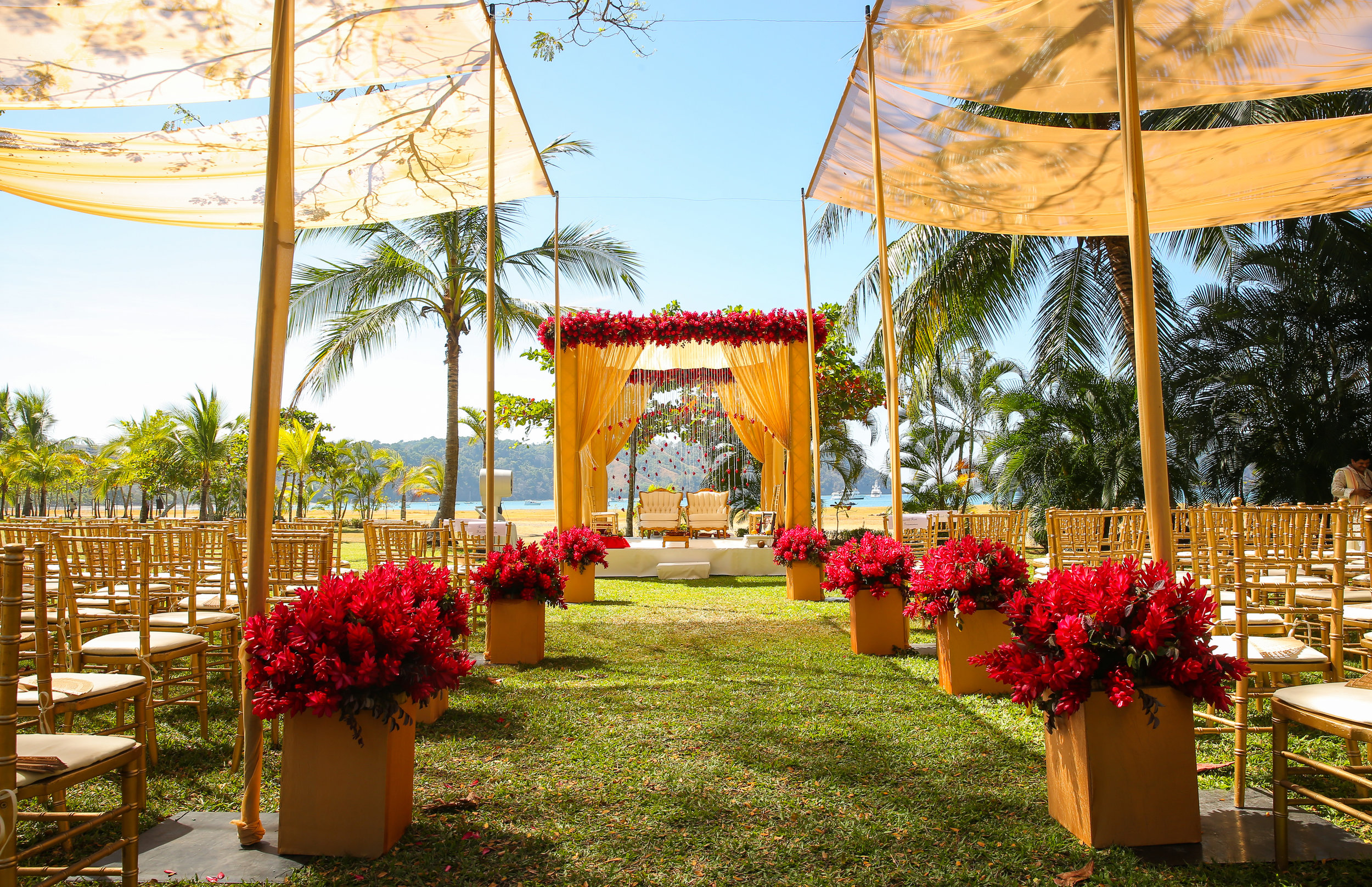 costa-rica-weddings-roshni-jignesh-22.jpg