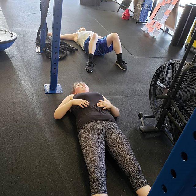 ⚡Ok so some days are harder than others and it looks like this is one of those days 😂😂 #fitnessacademyfolsom #folsom
