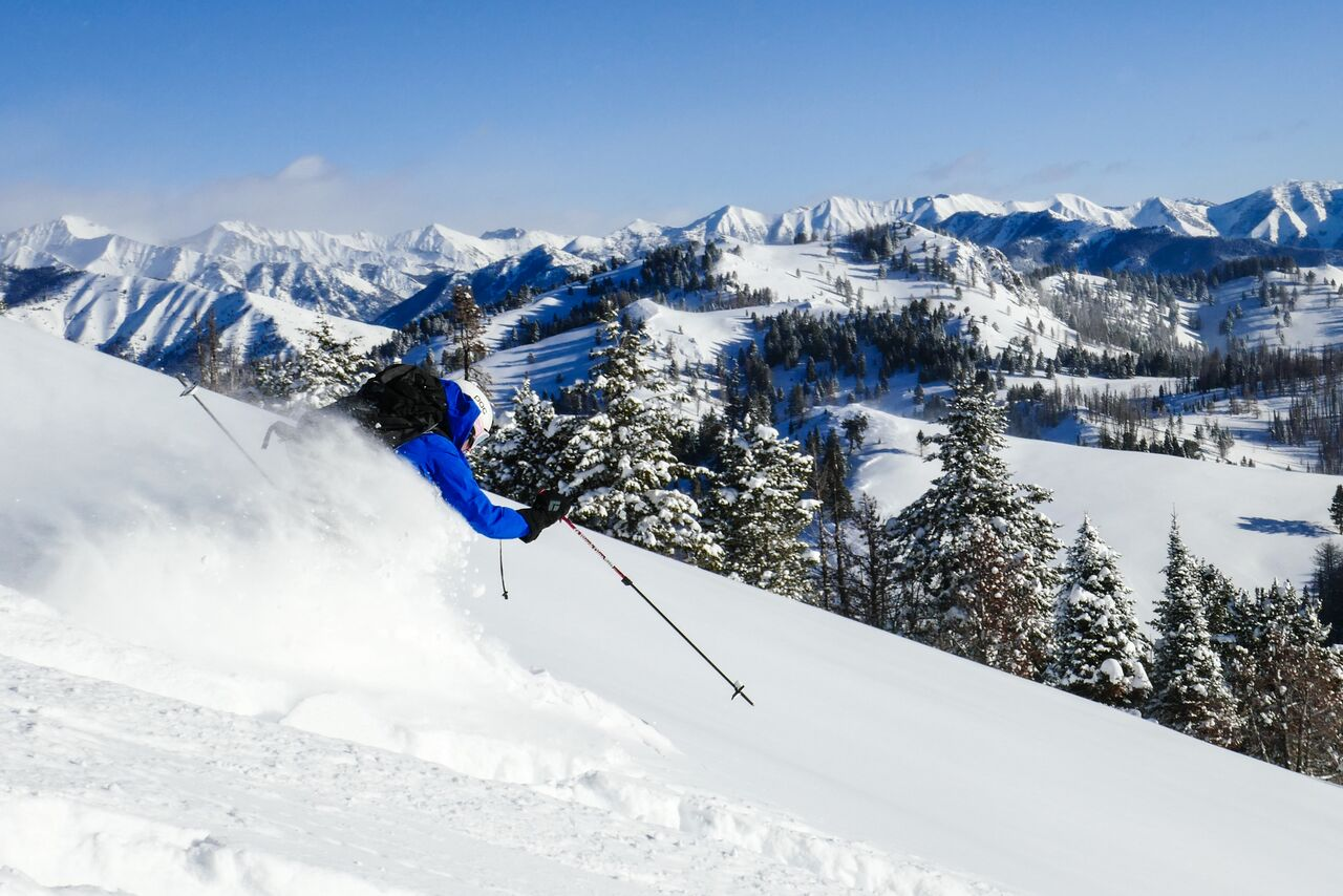 skiing2.jpeg