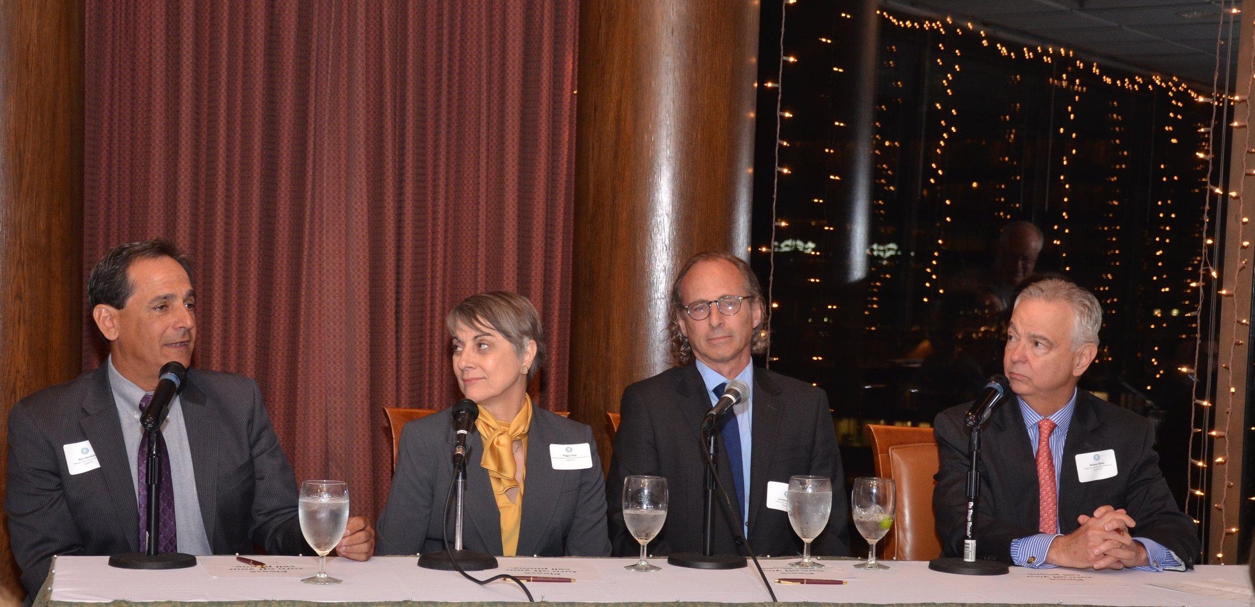 20_Moderator-Ken-Herman-and-panelists-Peggy-Fikac-Jonathan-Tilove-and-Wayne-Slater.jpg