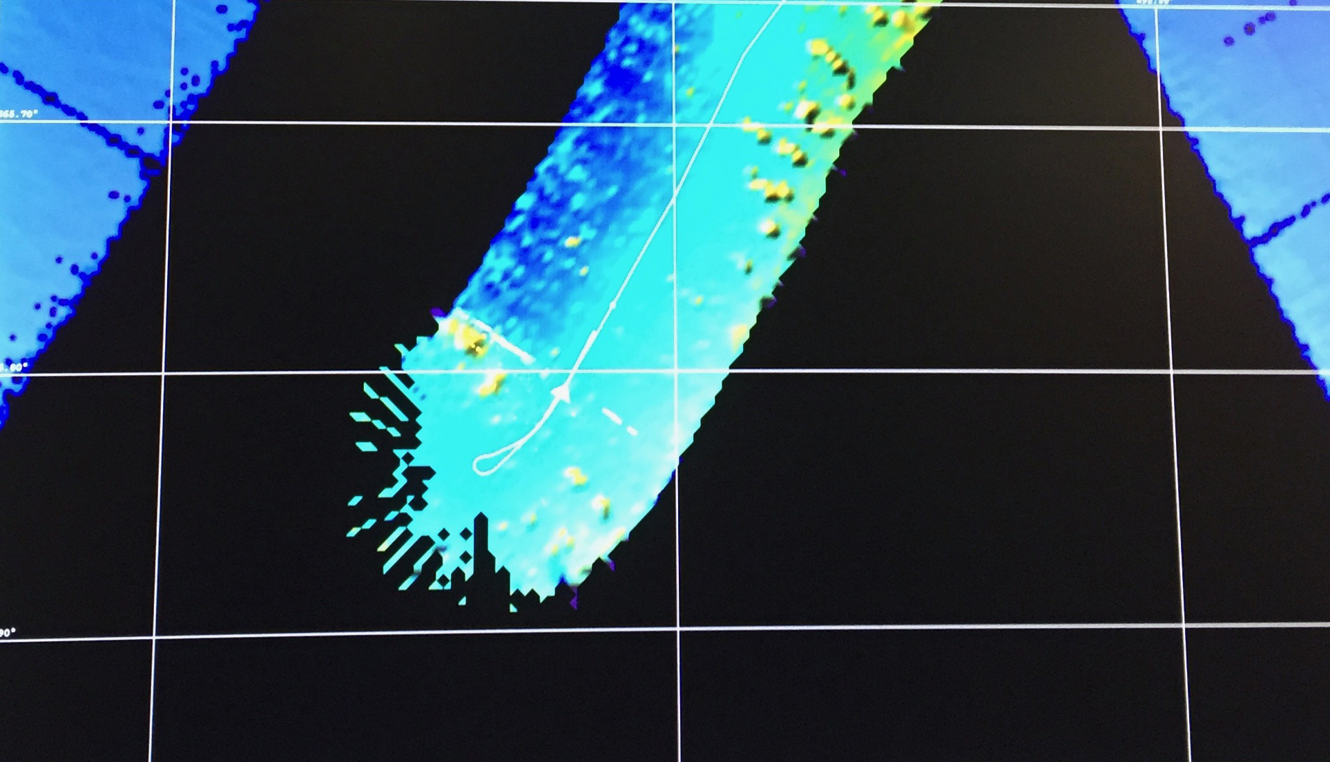 Sonar image of our maneuver around the iceberg!