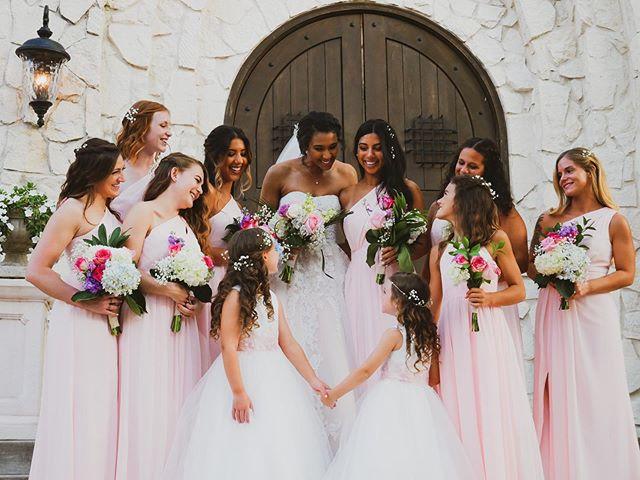 Photos captured from The Haynes Wedding ❤️ So happy for you guys! Thanks so much for having us Ryan and Gabriela Haynes!  @gabrielamariehaynes93 @rynomark93  @renzodesignsstudio  #austinphotographer #atxphotographer #weddingphotography #weddingphotographer #atxweddings #dfwwedding #atxengagement