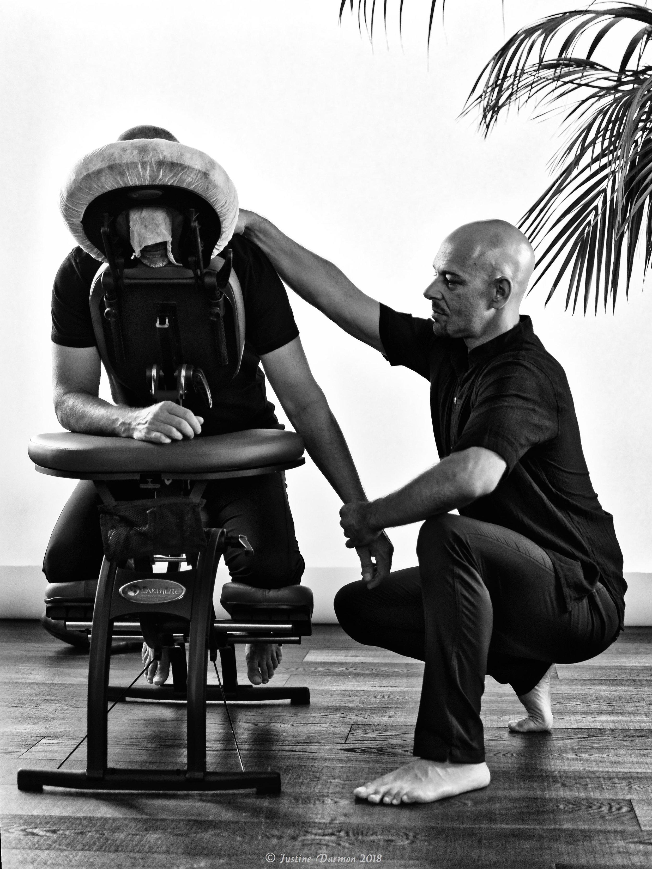 Cédric Peretou, praticien en shiatsu intervient également en entreprise dans le cadre du bien-être au travail.