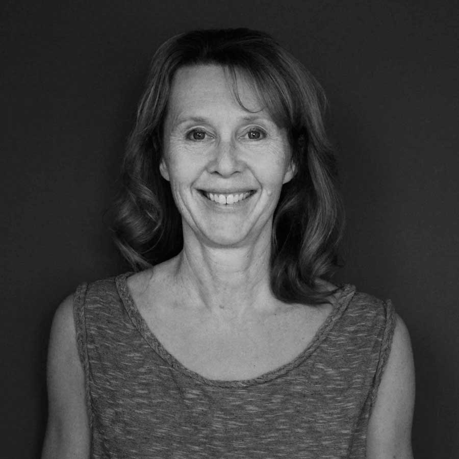 Brenda Klassen | Accounts Manager - brenda@sitelines.ca