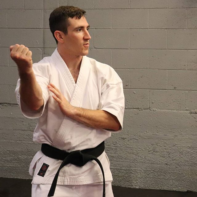 "Uke-waza, meaning ""receiving techniques"" or ""receptions"", have many variations but one goal: receive the opponent's attack and turn it to your advantage.  Movements that facilitate receptions are commonly interpreted as ""blocks"", but that is just a fraction of their versality.  Register for the upcoming Kata Interpretation seminar where we will be covering this and more  Link in the bio  #budotribe #budo #martialway #martialarts #karate #isshinryu #shorinryu #gojuryu #uechiryu #shotokan #kyokushin #tkd #taekwondo #kungfu #kata #uke #technique #selfdefense"