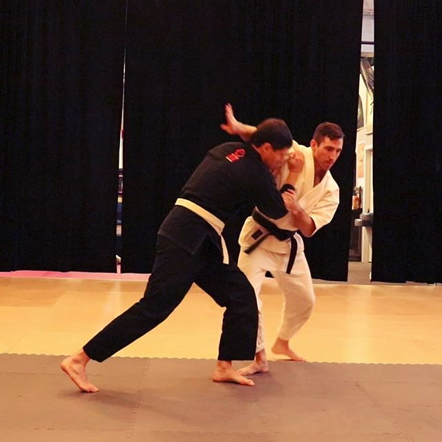 "Atemi-waza, meaning ""striking techniques"" are some of the most obvious and commonly interpreted applications of kata movements.  The non-striking or ""chambering"" hand is often overlooked in applications. Notice here that the chambering hand is actively pulling the opponent off balance. To make your applications more effective keep both hands engaged whenever possible.  Register for the upcoming Kata Interpretation seminar where we will be covering this and more!  Link in the bio"