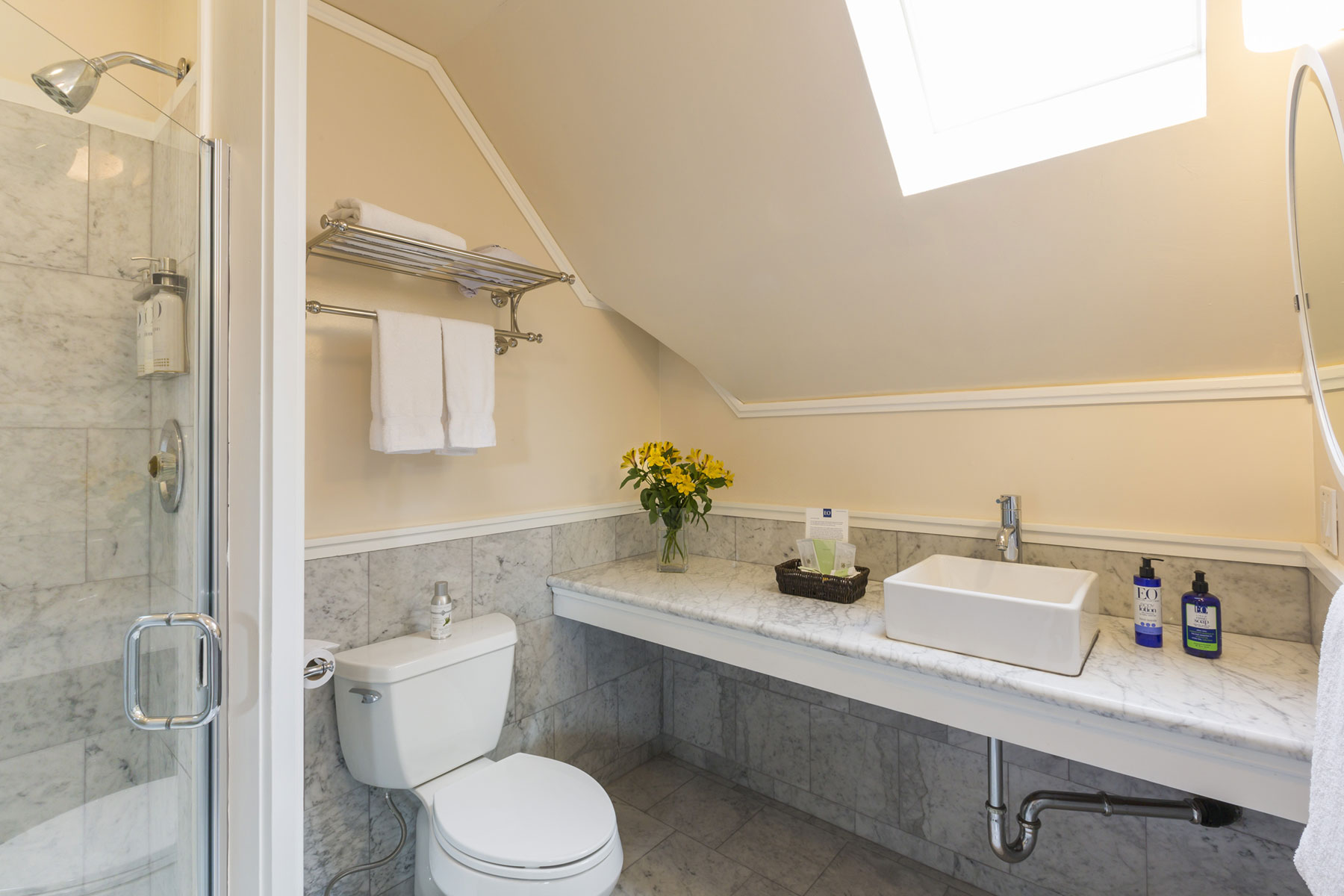 The newly remodeled bathroom in the Bay Loft room