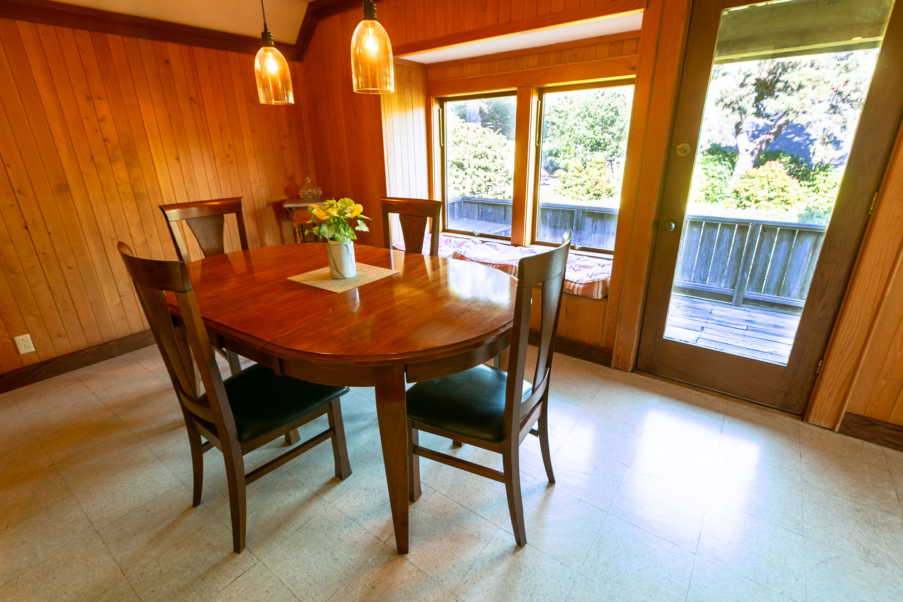 dining room at the Barn Loft, Glendeven Inn and Lodge