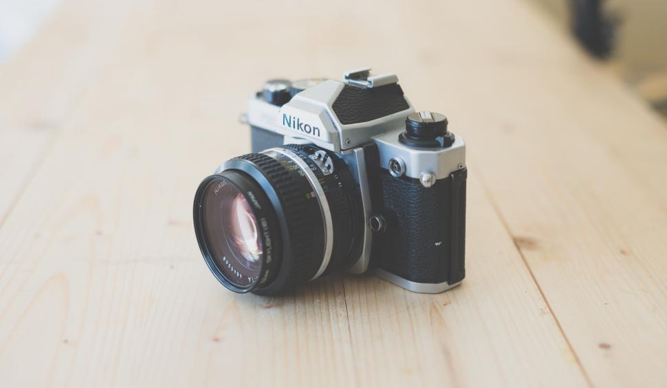 slr-camera.jpg