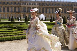 marie-antoinette-Versailles.jpg