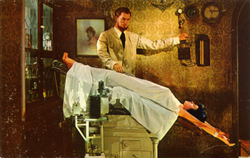 Vincent_Price_in_House_of_Wax_MWM_41.jpg