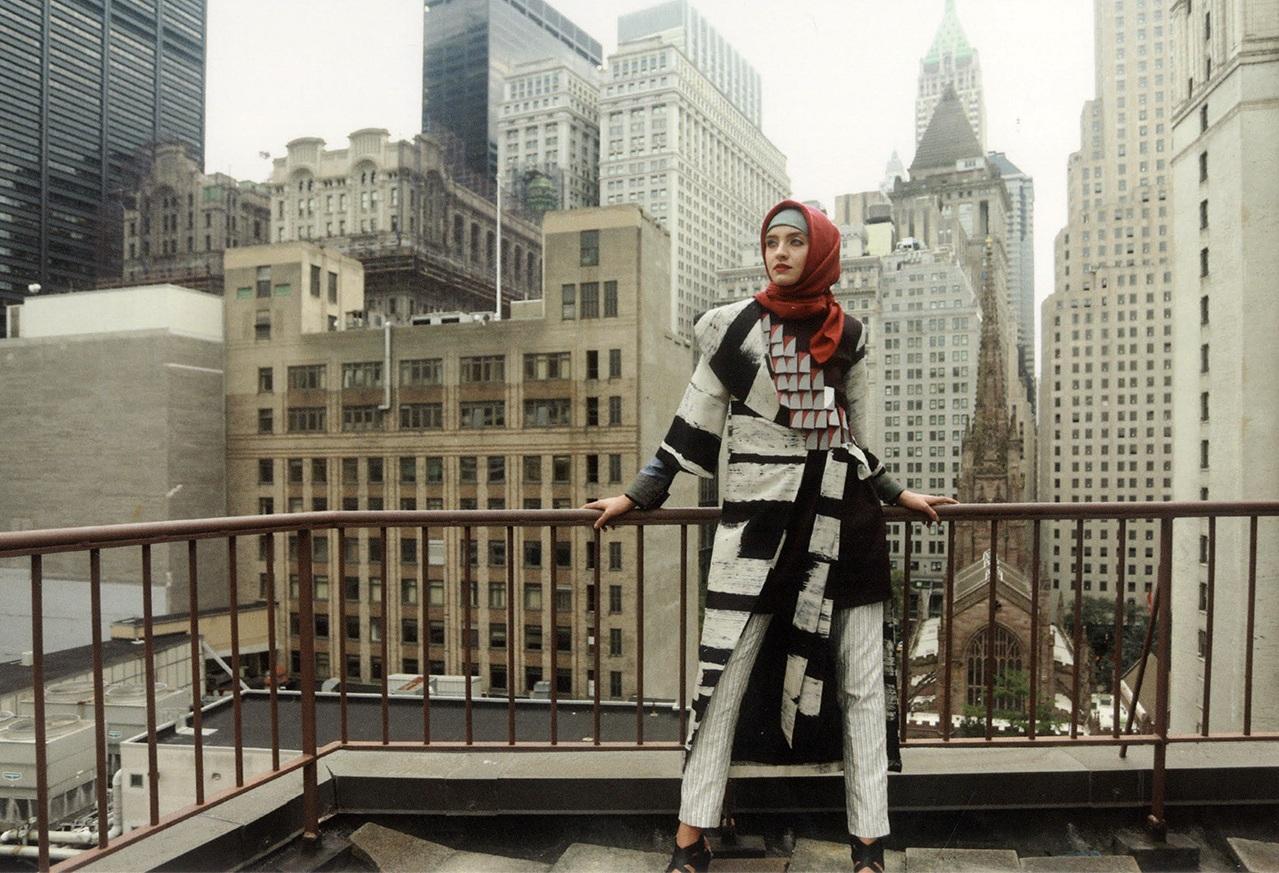 modern_muslim_fashion_inthecity.jpg