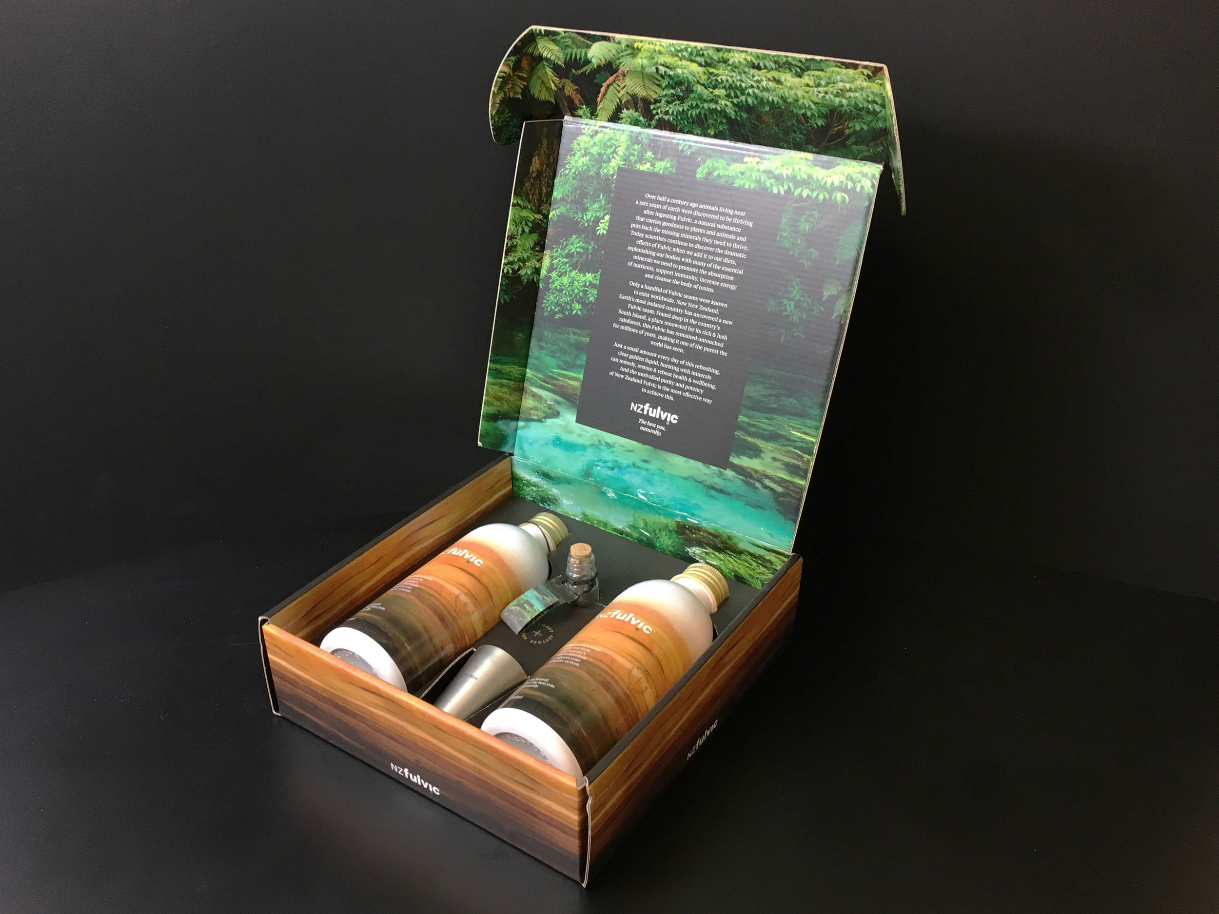 PromoMerch_Trade-Presenter-box-NZFulVic_LR.jpg
