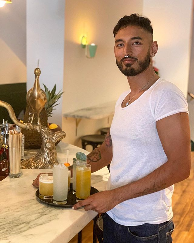 @faheemcankhan slaying the weekend, and making it look goooood . . . #loveourteam #cocktails #cocktailbar #nyc #chelseany #cheers #saturday #saturslay #weekend #weekendvibes